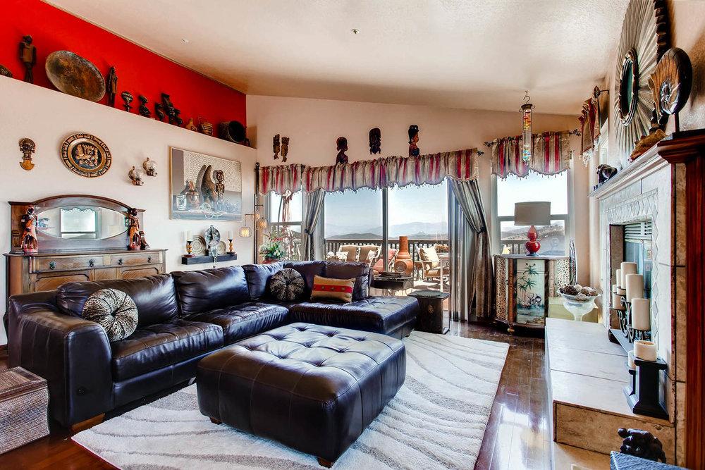 1525 San Bernardino Ave Spring-large-004-1-Living Room-1500x1000-72dpi.jpg