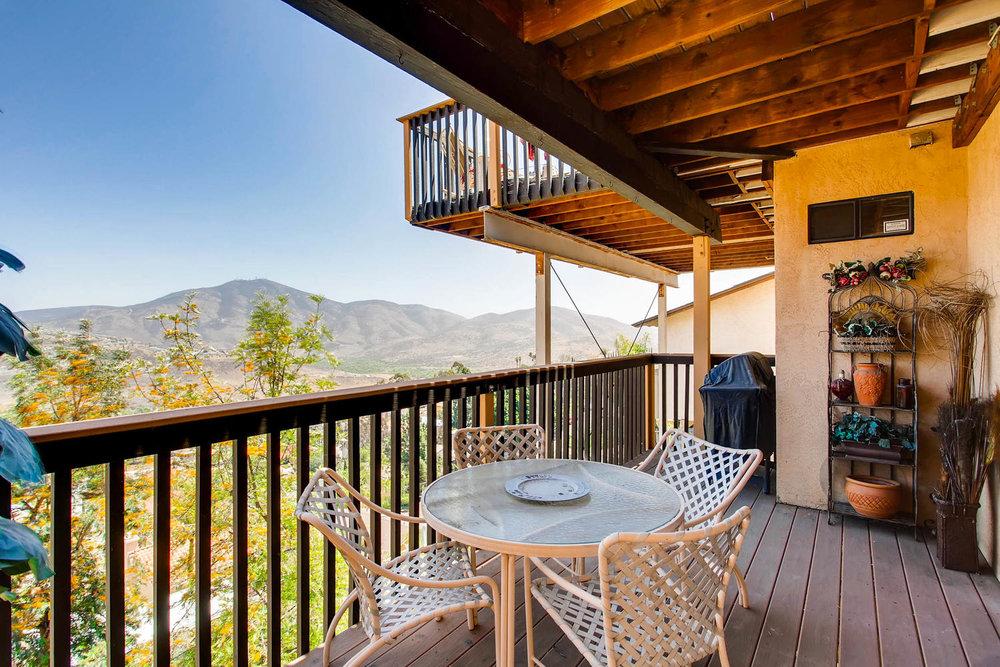 1525 San Bernardino Ave Spring-large-027-19-Patio-1500x1000-72dpi.jpg