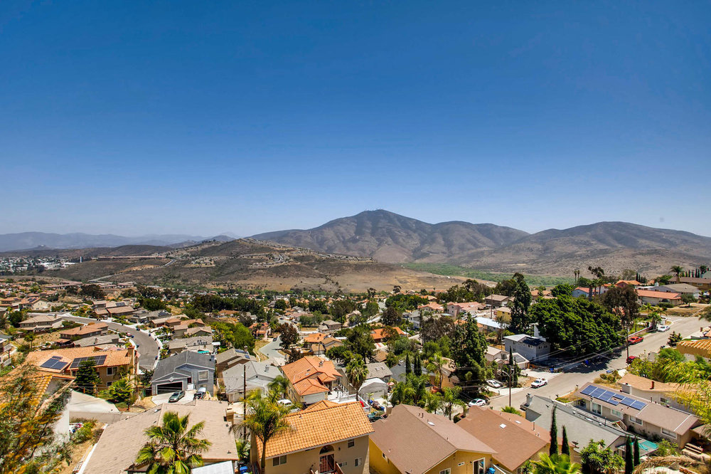 1525 San Bernardino Ave Spring-large-028-23-Views-1500x1000-72dpi.jpg