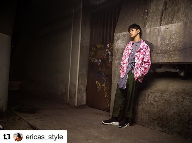 The Lew-Rice Chronicles from @ericas_style  @seanlew @kayceericeofficial ・・・ Photography.  Style. ME Style assist. @gelmigz  #mood #styleblogger  #dfynt  #defyant  #streetwear #streetfashion #nocorporatelogos  #streetfashion  #clothes #nospam #merrychristmas #happyhanukkah  #2018 #2019