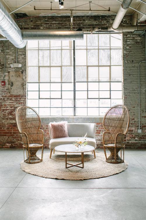 KV_C6676.jpg - Antiquity Furniture Rental