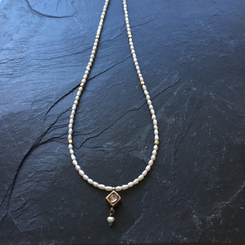 freshwater pearl vintage gold pendant.JPG
