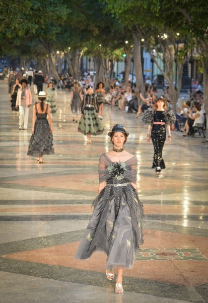 Canel's performance at the Prado promenade in Havana, on May 3, 2016. / AFP / ADALBERTO ROQUE        (Photo credit should read ADALBERTO ROQUE/AFP/Getty Images)