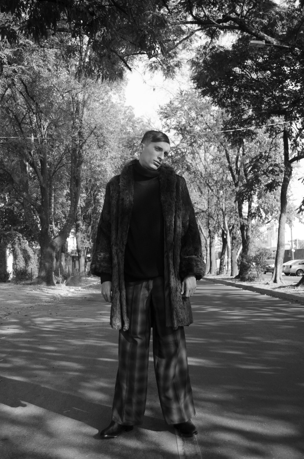 Cuello de tortuga y abrigo del coordinador,Pantalones:  Weimar Youths  Botas:  Toronero