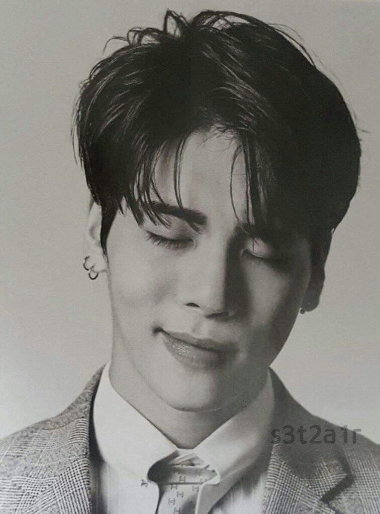 Jonghyun de SHINEE