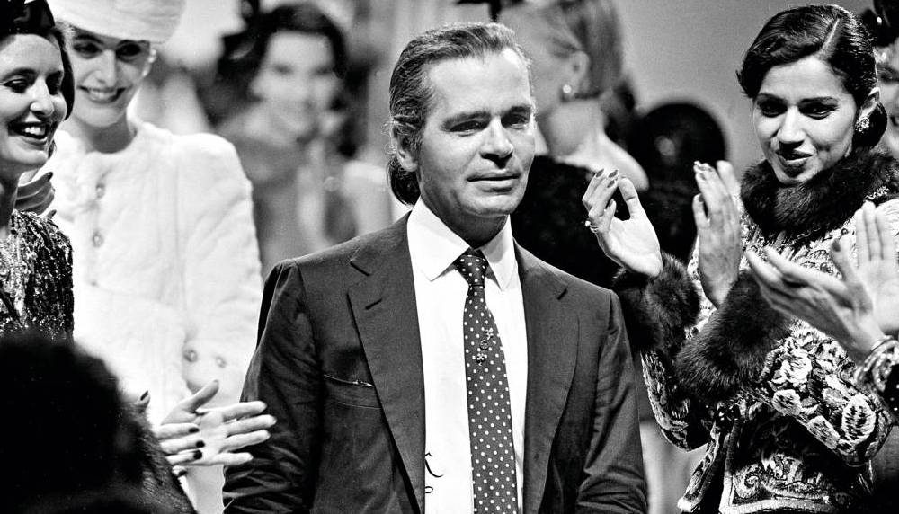 Karl-Lagerfeld-Chanel-1983-best-collections-1000x572.jpg