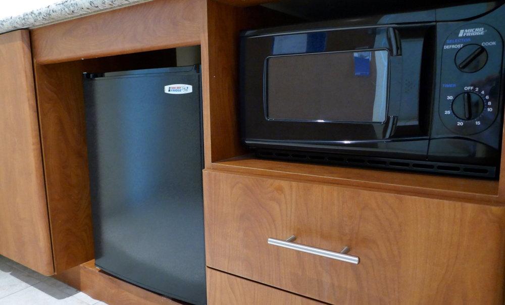 hotel hacks stay night fridge microwave food eat cook cool hot