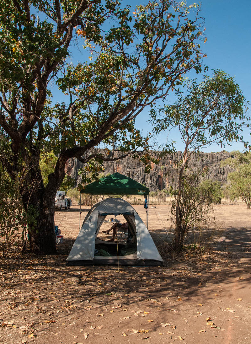 Camping at Windjana Gorge National Park in Western Australia | Source  flickr
