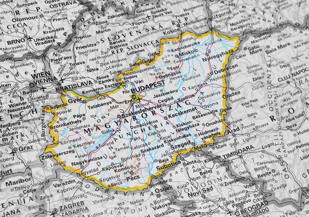 screw_the_average_budapest_hungary_city_guide_map.jpg
