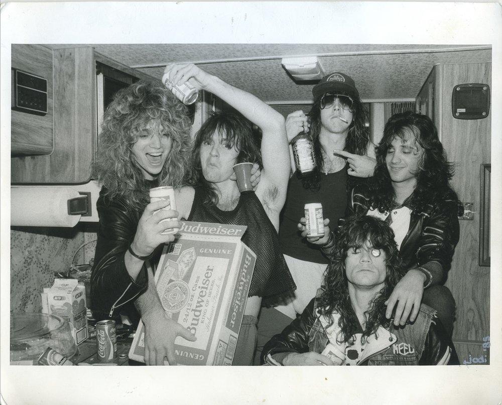 1985_Keel Tourbus.JPG