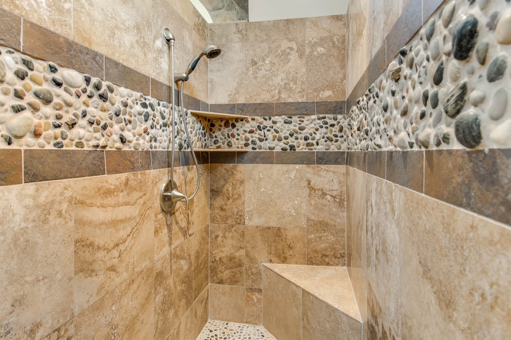 039_Walk-in Shower.jpg