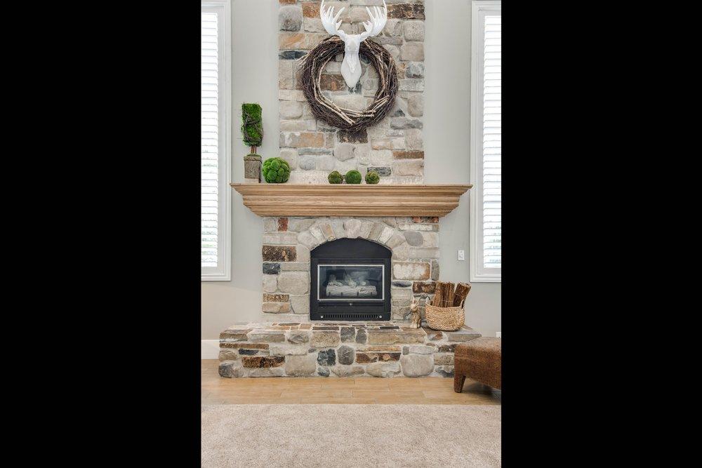 027_Fireplace.jpg