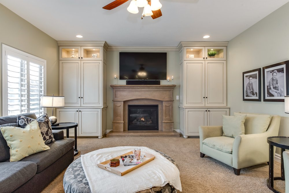 016_Living Room.jpg