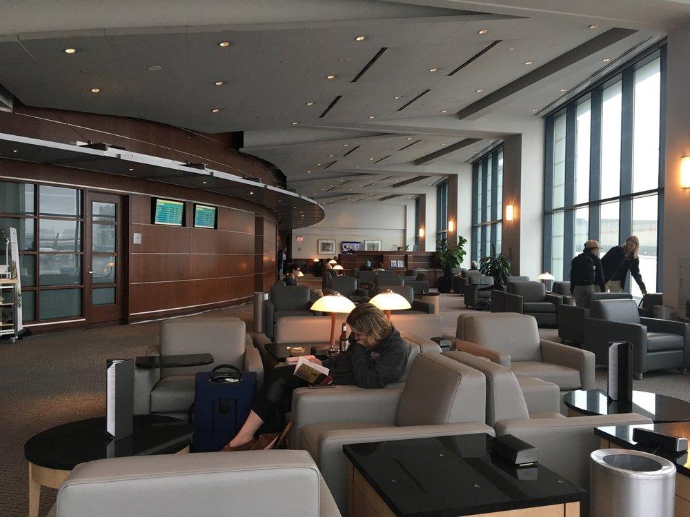 BOS Terminal B Admirals Club
