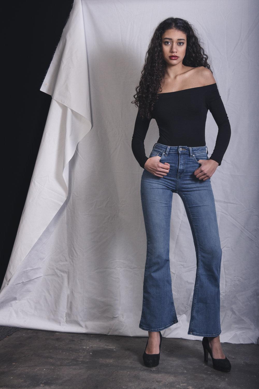 Chantal van den Broek, shoot Sira (09).jpg