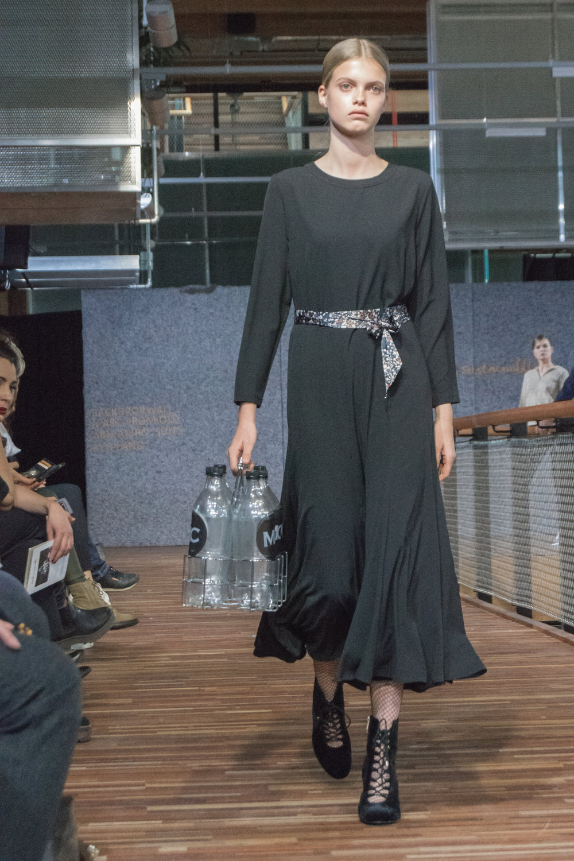 Chantal van den Broek, Dutch Sustainable Fashion Week 2017 (21).jpg