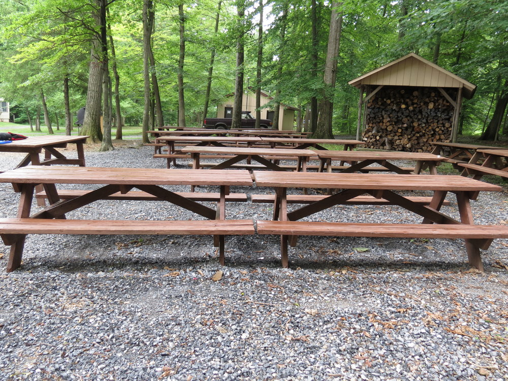 Picnic-Tables-07-03-2013-01.JPG