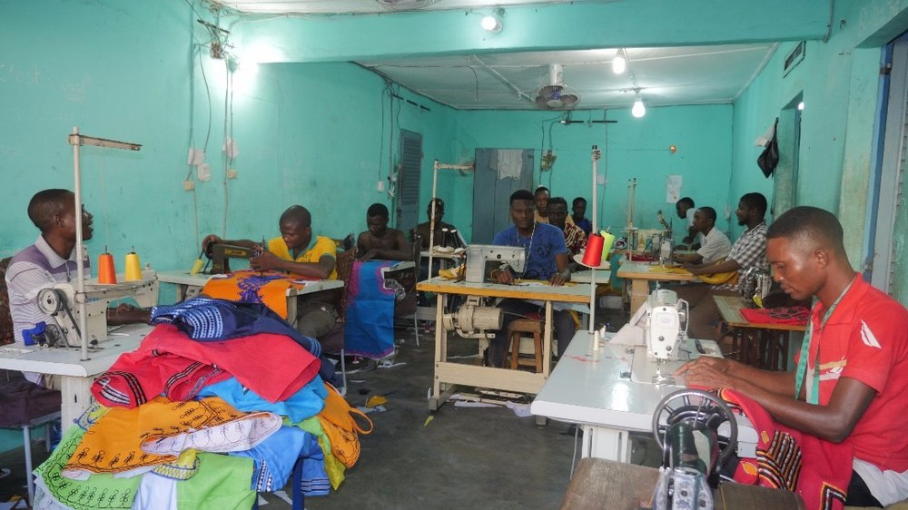 Benin Tailor 2 Dorvale.JPG