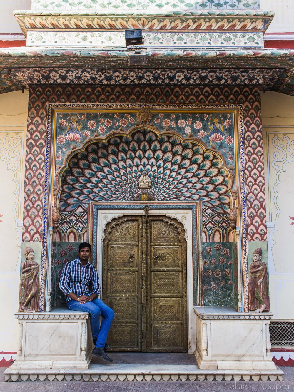 It's not just Instagram models that pose in front of the beautiful doors of the City Palace in Jaipur.