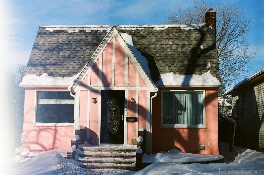 Saskatoon_houses_8th_street-4.jpg