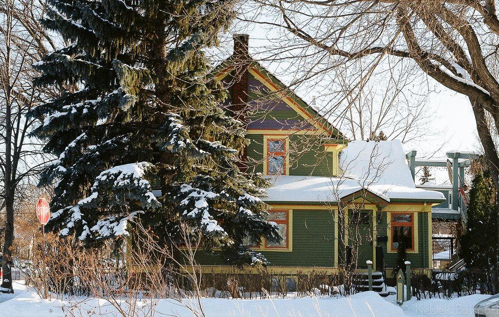 Saskatoon_houses_-4.jpg