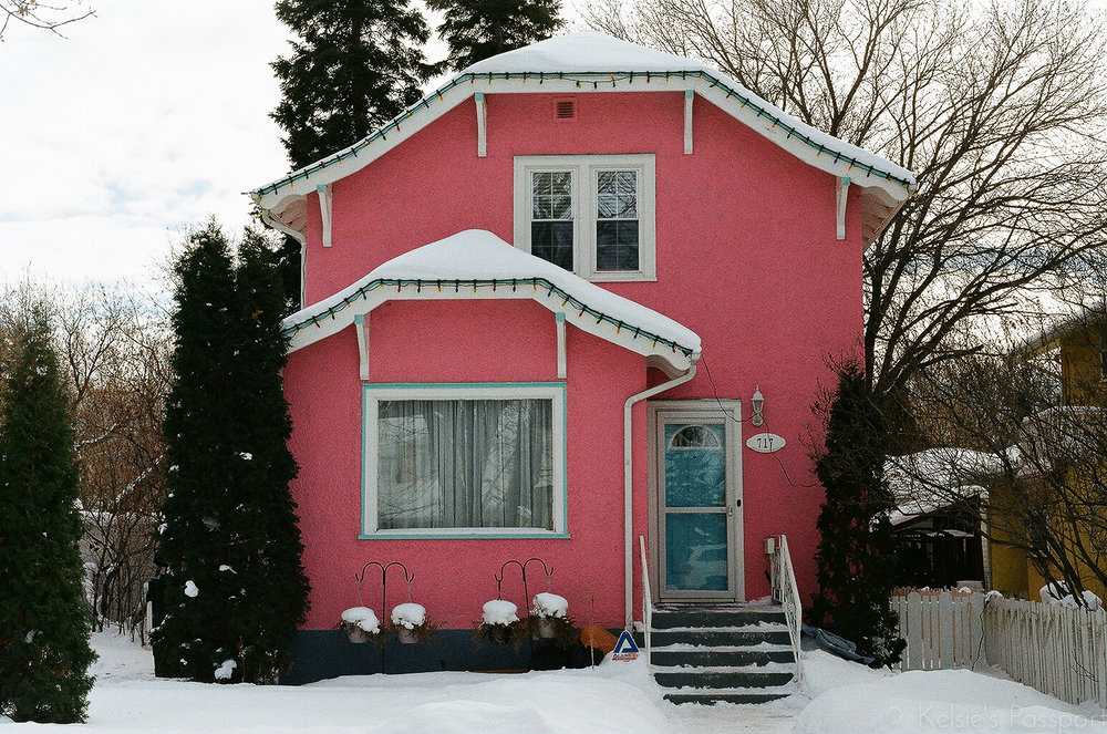 Saskatoon_houses_-14.jpg