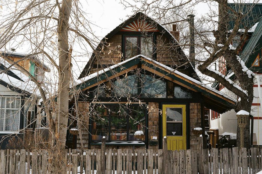 Saskatoon_houses_-17.jpg