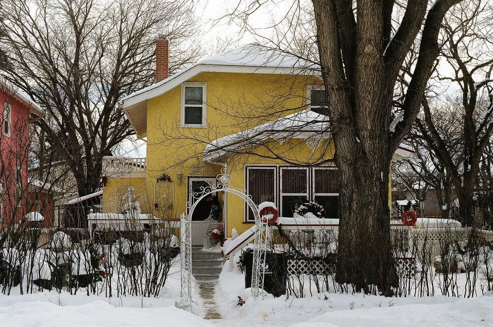 Saskatoon_houses_-18.jpg