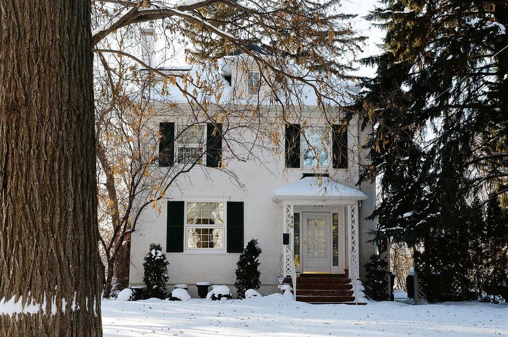 Saskatoon_houses_.jpg