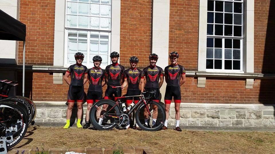 team1.jpg
