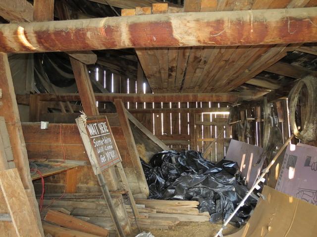 Right isle-horse barn.jpeg
