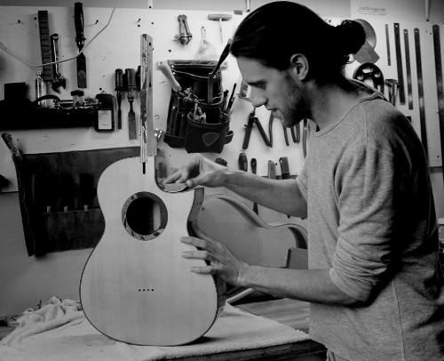 Working+on+a+custom+falcate+braced+steel+string+acoustic+guitar.jpg