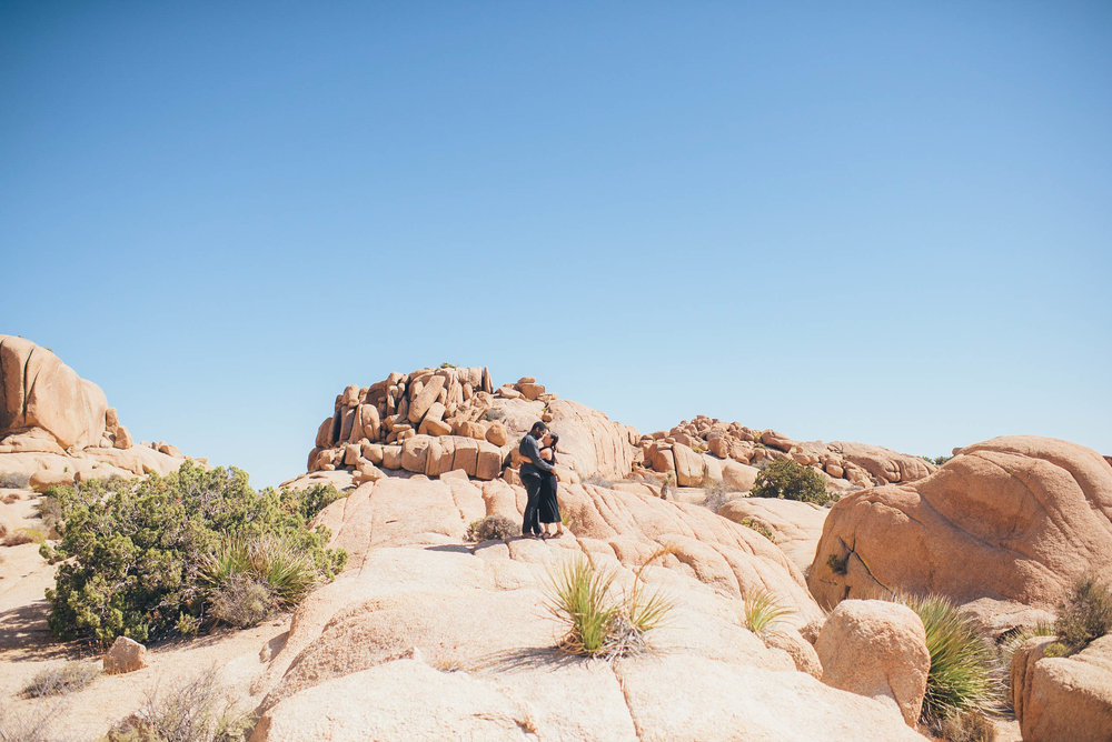 Southern California Wedding Photographer, Elopement Photographer, Engagement Photographer, Los Angeles Wedding Photographer, Palm Springs Wedding Photographer, Joshua Tree Wedding Photographer