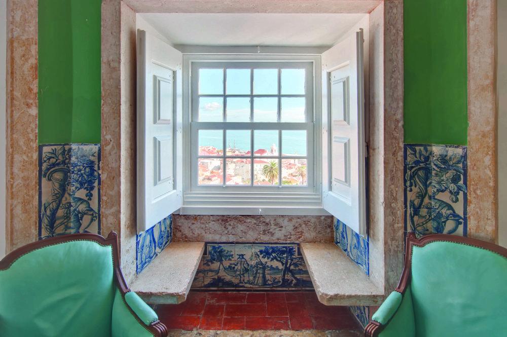 Bartolomeu de Gusmao suite living room view over the Alfama bairro and river