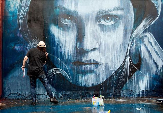 GETTING CREATIVE:: Our gal, @mcauliffeemily is back on the site today with part two of her exploration of Brisbane's art hotels. Today she's at @trypbrisbane a hotel dedicated to the work of street artists, featuring @r_o_n_e, @bradeastman, @funskull @fintanmagee. Here's Rone creating one of the murals that now appears in the hotel, what a piece of work! 📸@trypbrisbane.