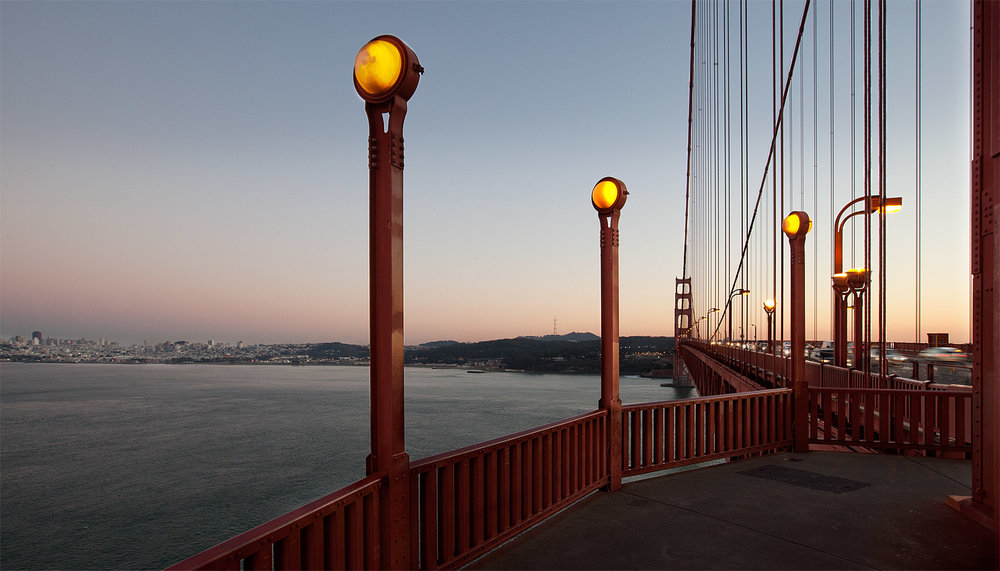 Golden Gate bridge-lights.jpg