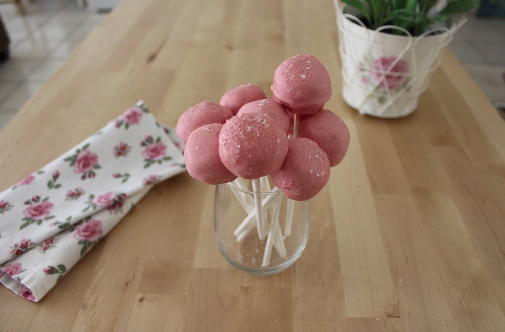 Awesome Pink Birthday Cake Pops Like The Ones In Starbucks Caroline Funny Birthday Cards Online Elaedamsfinfo