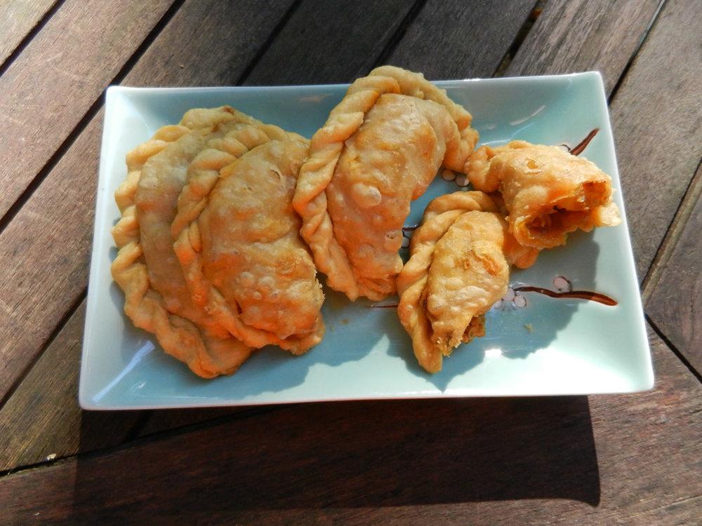 chicken-curry-puffs-malaysia.jpg