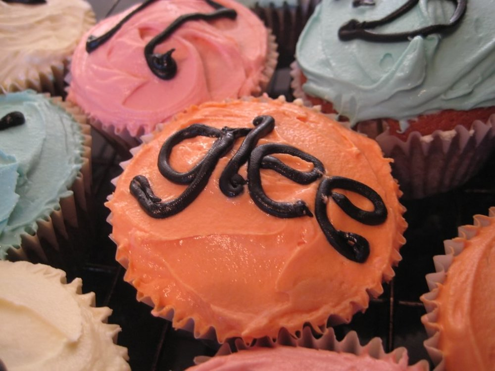 glee party cup cakes