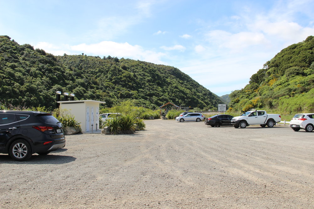 Manawatu Gorge - Ashhurst carpark 1.JPG