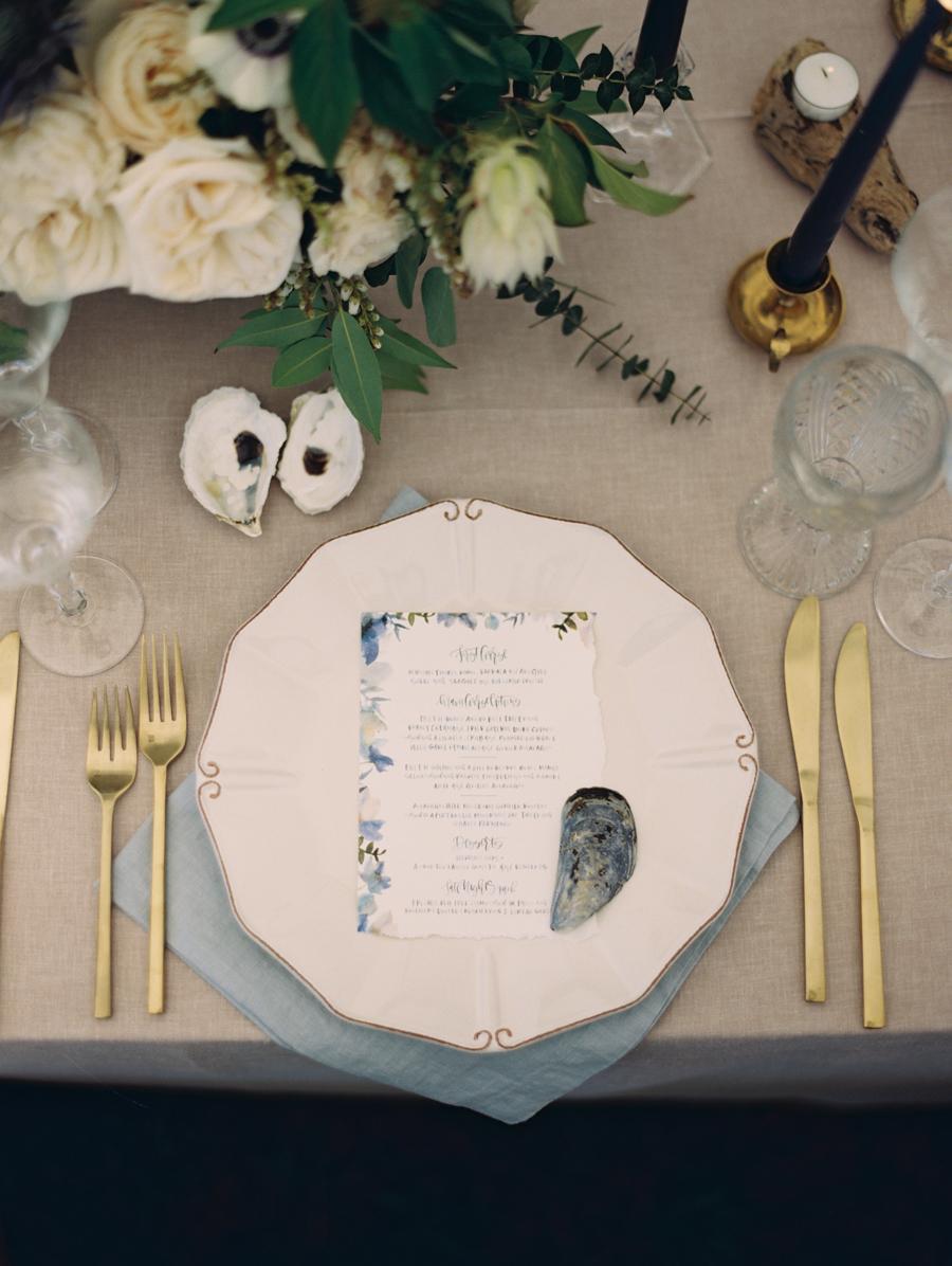 074_Josh+Lindsey_Brumley & Wells_Fine_Art_Film_Photography_Westport_Mass_New_England_Wedding.jpg