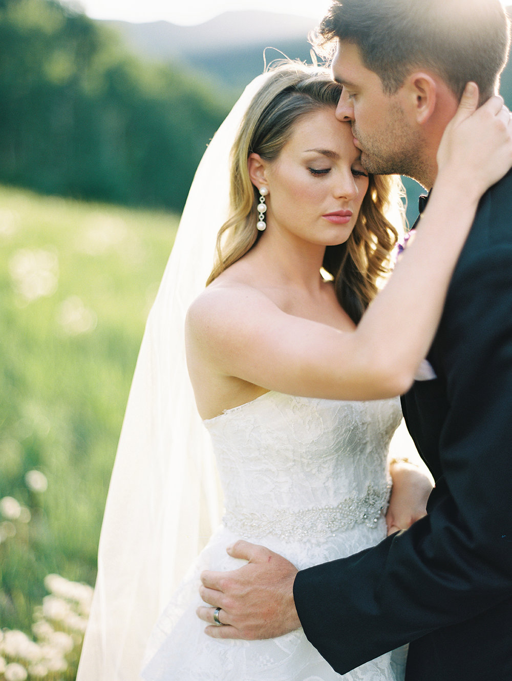 351_Graham+Shannon_Fine_Art_Film_Photography_Wedding_Colorado_.jpg