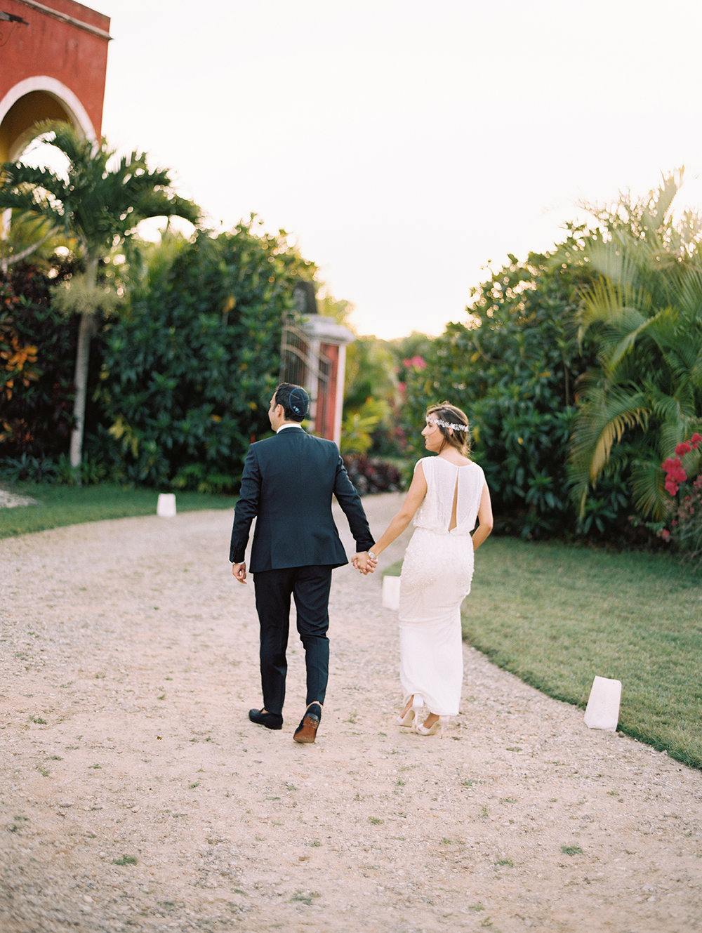 446_Dany+Sarah_Merida_Mexico_Wedding_Brumley & Wells_Fine_art_film_photography.jpg