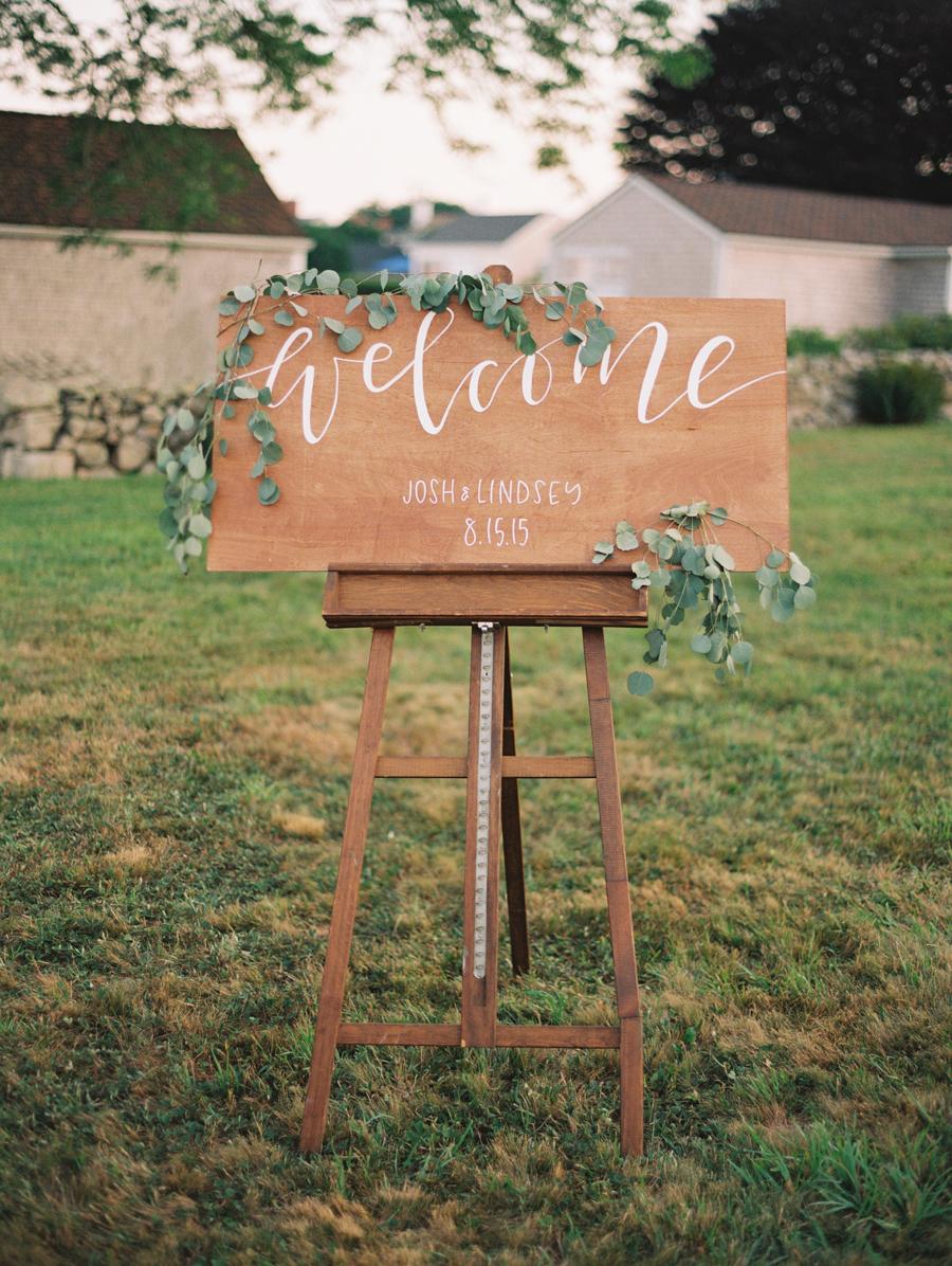 041_Josh+Lindsey_Brumley & Wells_Fine_Art_Film_Photography_Westport_Mass_New_England_Wedding.jpg