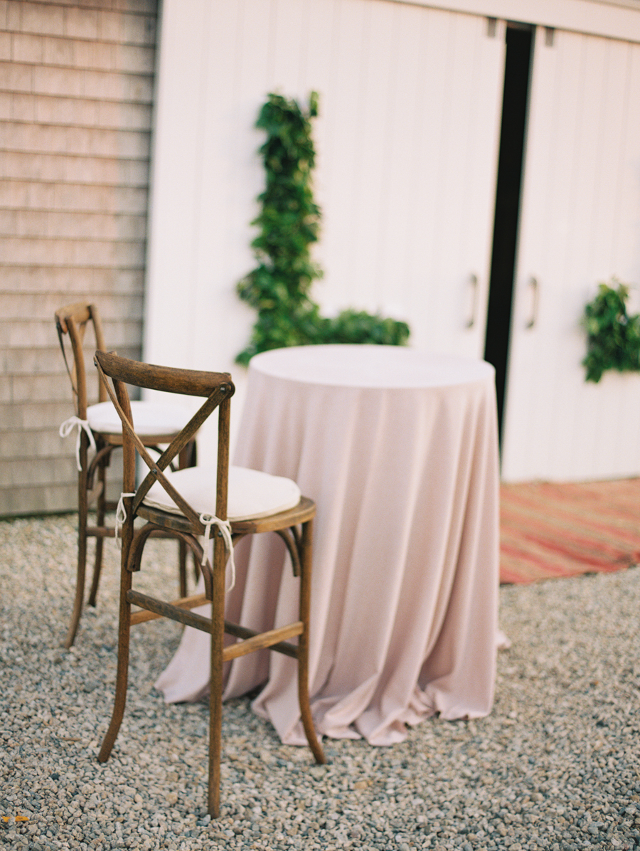 044_Josh+Lindsey_Brumley & Wells_Fine_Art_Film_Photography_Westport_Mass_New_England_Wedding.jpg