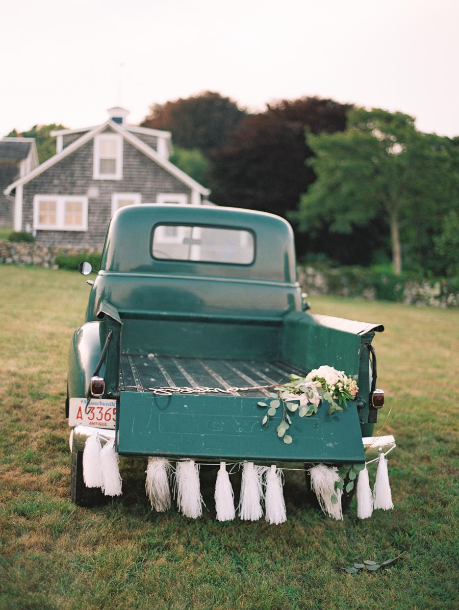 049_Josh+Lindsey_Brumley & Wells_Fine_Art_Film_Photography_Westport_Mass_New_England_Wedding.jpg