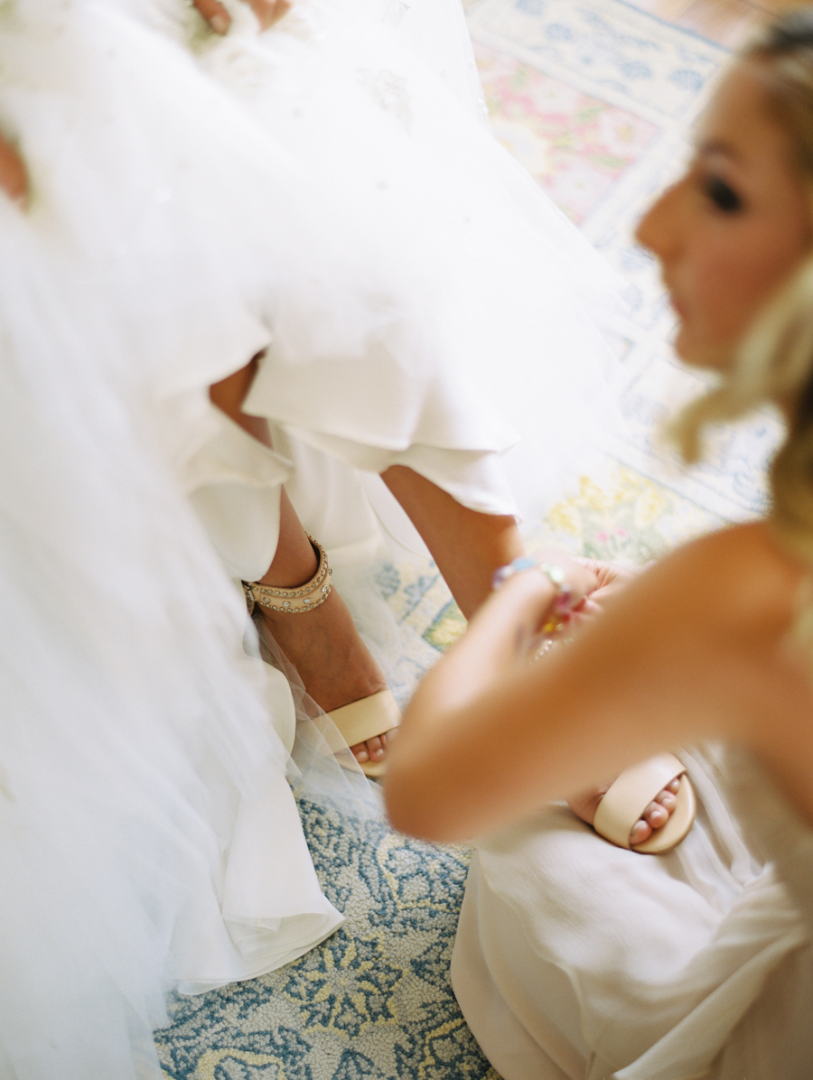 180_Josh+Lindsey_Brumley & Wells_Fine_Art_Film_Photography_Westport_Mass_New_England_Wedding.jpg