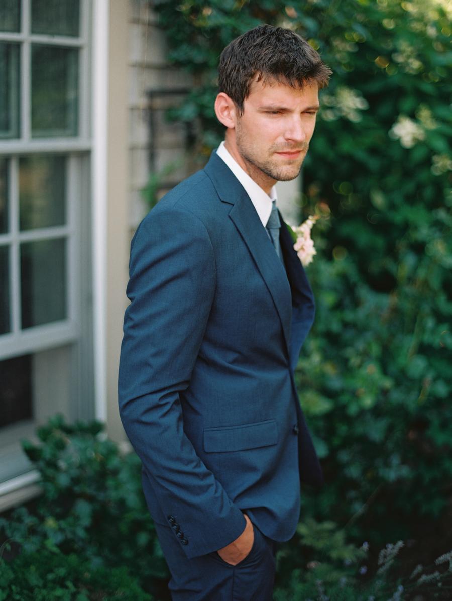 214_Josh+Lindsey_Brumley & Wells_Fine_Art_Film_Photography_Westport_Mass_New_England_Wedding.jpg