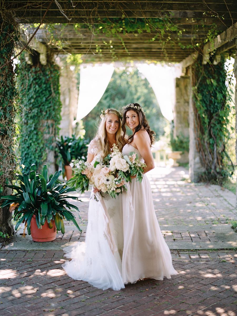 328_Josh+Lindsey_Brumley & Wells_Fine_Art_Film_Photography_Westport_Mass_New_England_Wedding.jpg