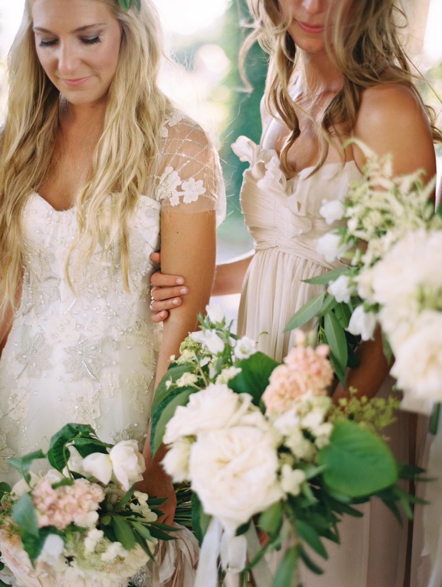 336_Josh+Lindsey_Brumley & Wells_Fine_Art_Film_Photography_Westport_Mass_New_England_Wedding.jpg